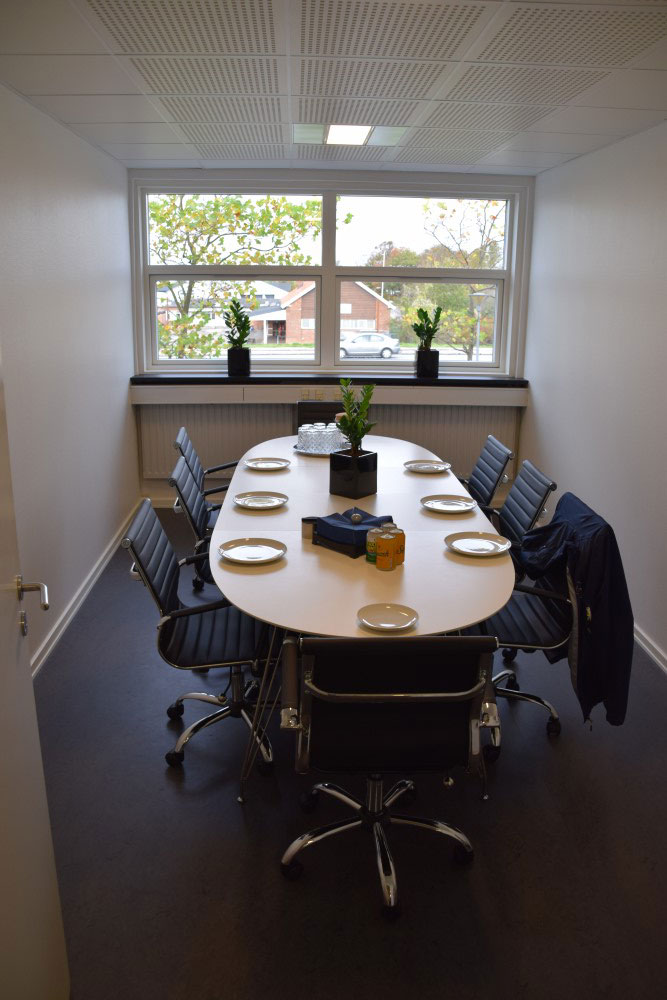 Mødelokalet hos Bato